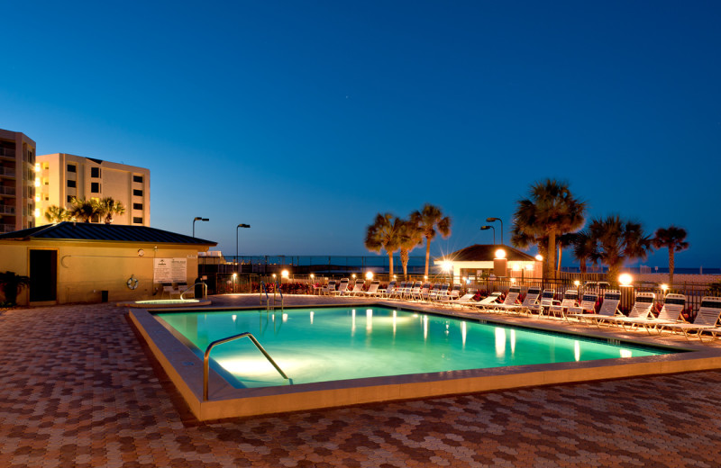 Outdoor pool at The Islander in Destin.