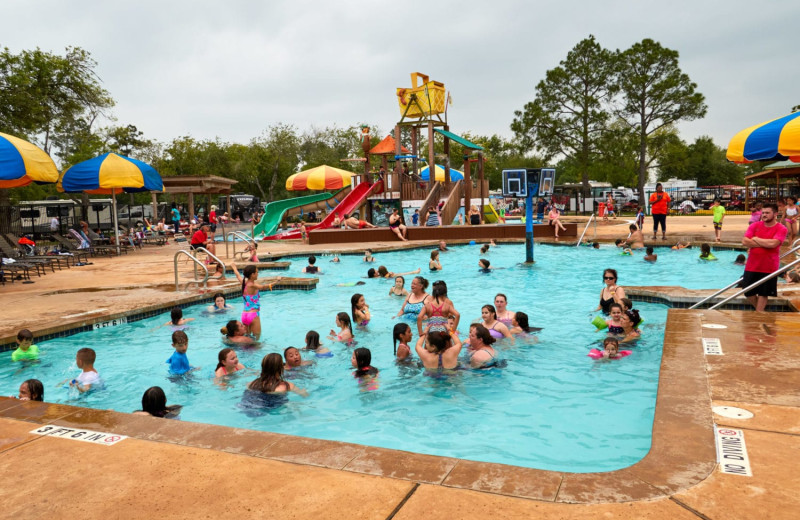 Water park at Lone Star Jellystone.