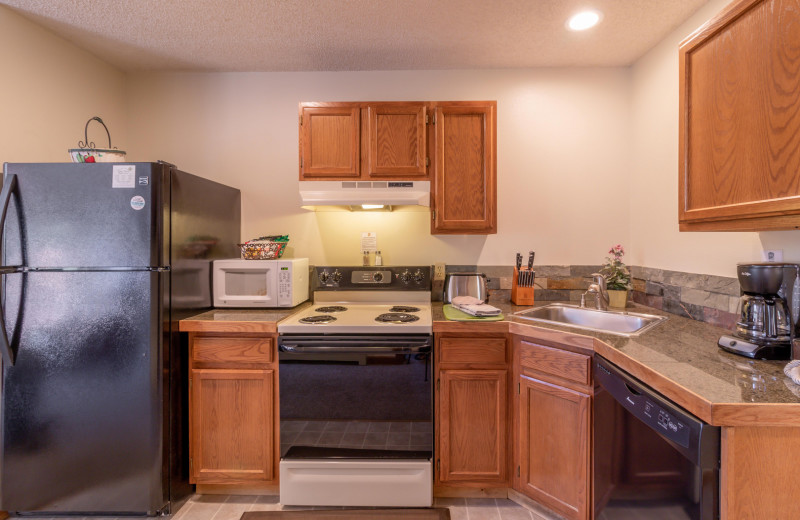 Guest kitchen at Woodlands On Fall River.