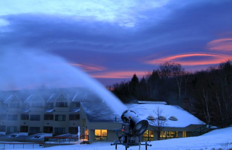 Snow making at The Mountain Club on Loon.