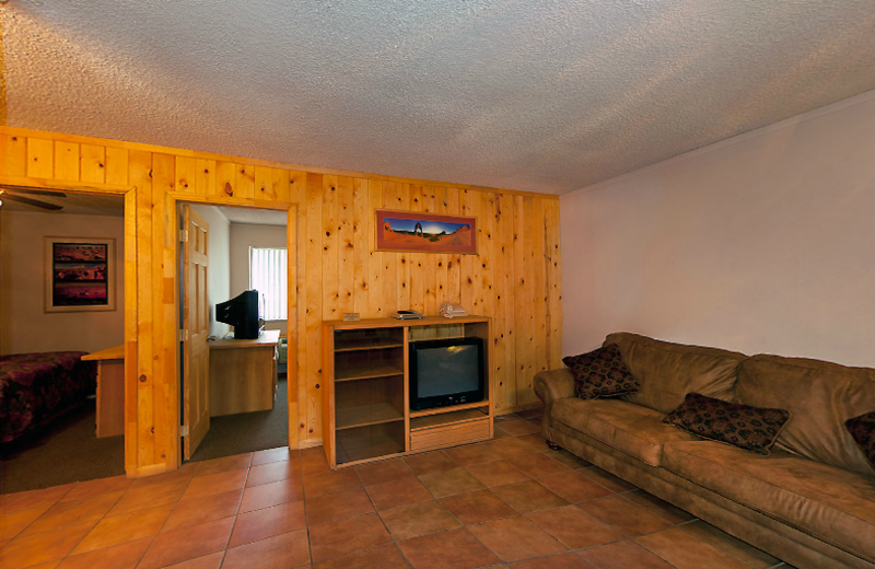 Guest two bedroom apartment at Moab Rustic Inn.