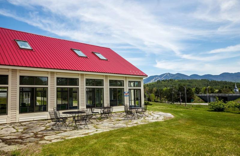 Patio at Best Western White Mountain Inn.