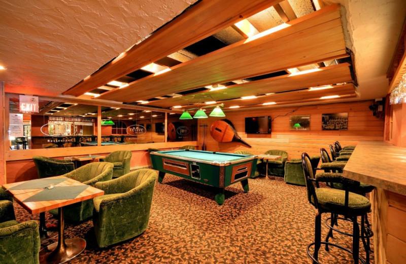 Bellows Bar at Clarion Resort Pinewood Park