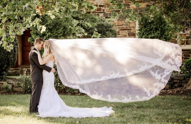 Wedding couple at Joseph Ambler Inn.