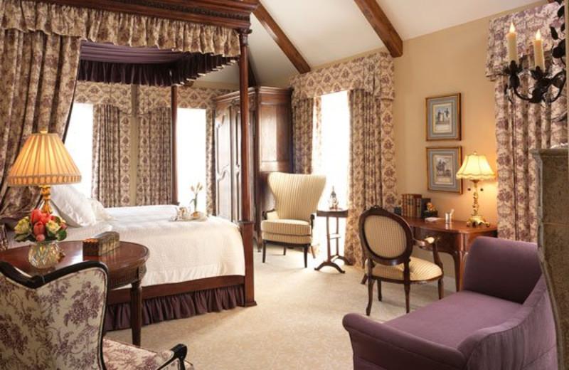 Guest room at Les Mars Hotel.
