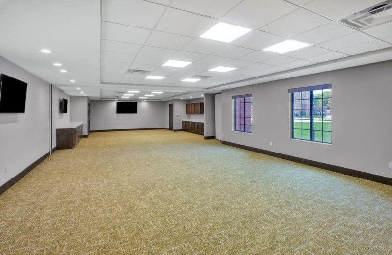 Meetings room at Staybridge Suites - Benton Harbor.
