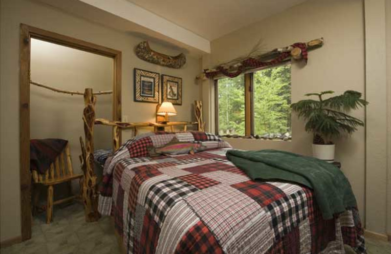 Guest bedroom at The Inn on Gitche Gumee.