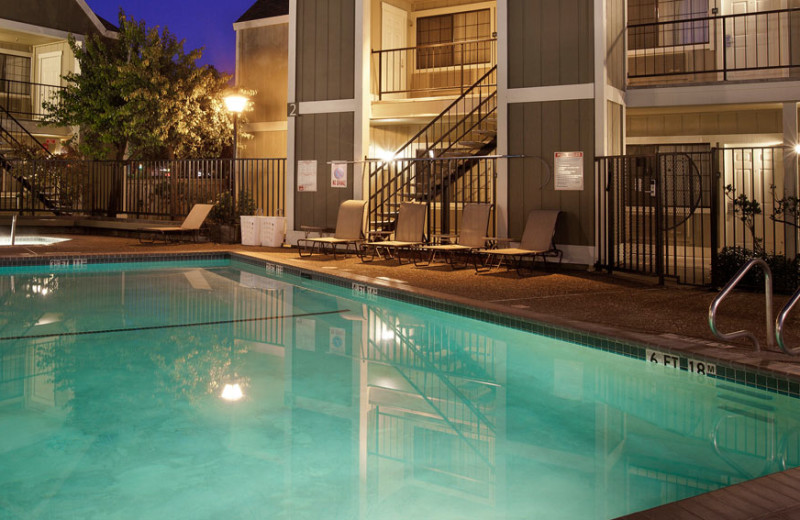 Outdoor Swimming Pool at Quality Inn Petaluma
