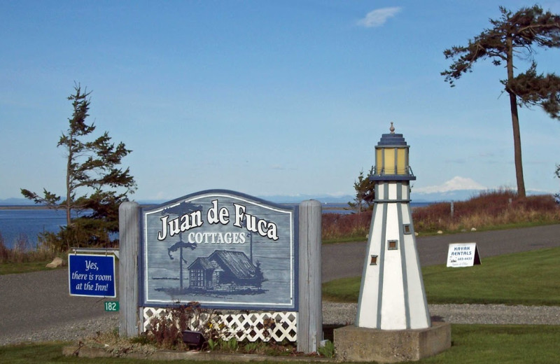 Juan De Fuca Cottages sign.