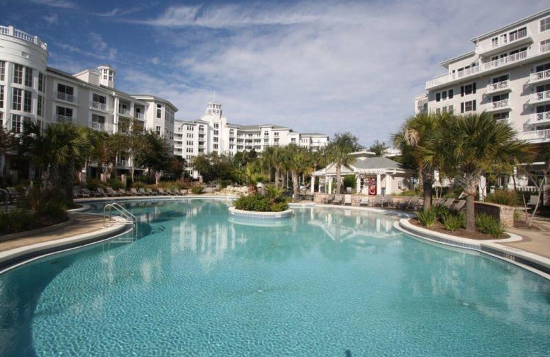 Vacation rental pool at Crye-Leike Coastal Realty Vacation Rentals.