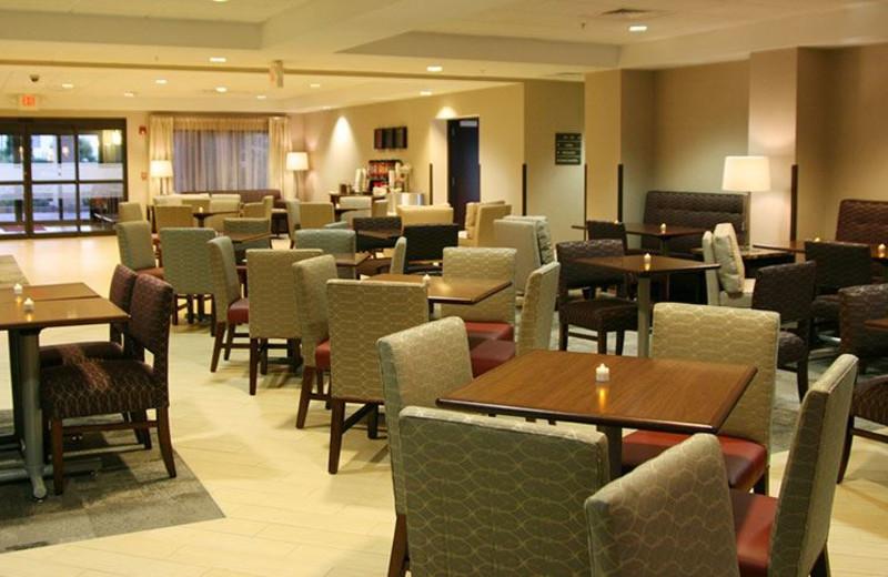 Dining Area at Hampton Inn Oneonta