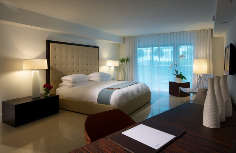 Guest room at Bal Harbour Quarzo Luxury Boutique Hotel.