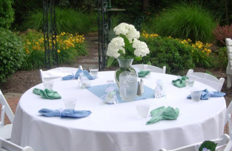 Wedding Services at Hideaway Inn