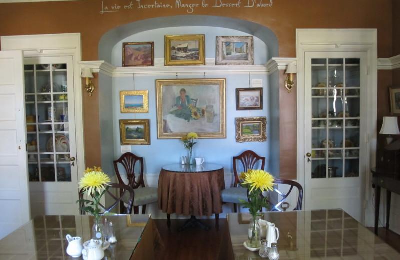 Dining room at Juniper Hill B&B.