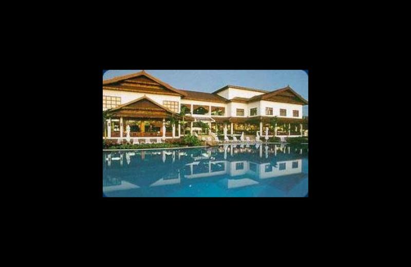 Outdoor pool at Le Morne Beach Resort & Casino.