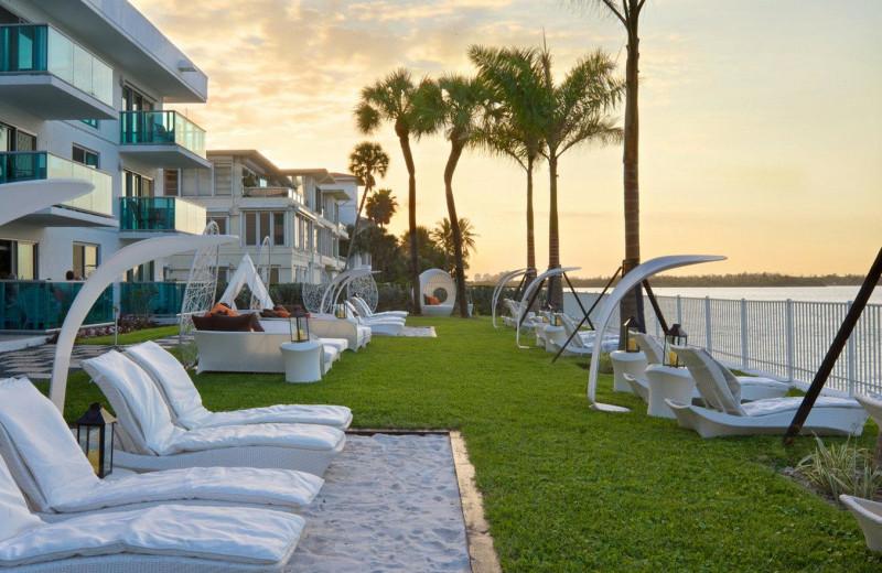 Exterior view of Bal Harbour Quarzo Luxury Boutique Hotel.