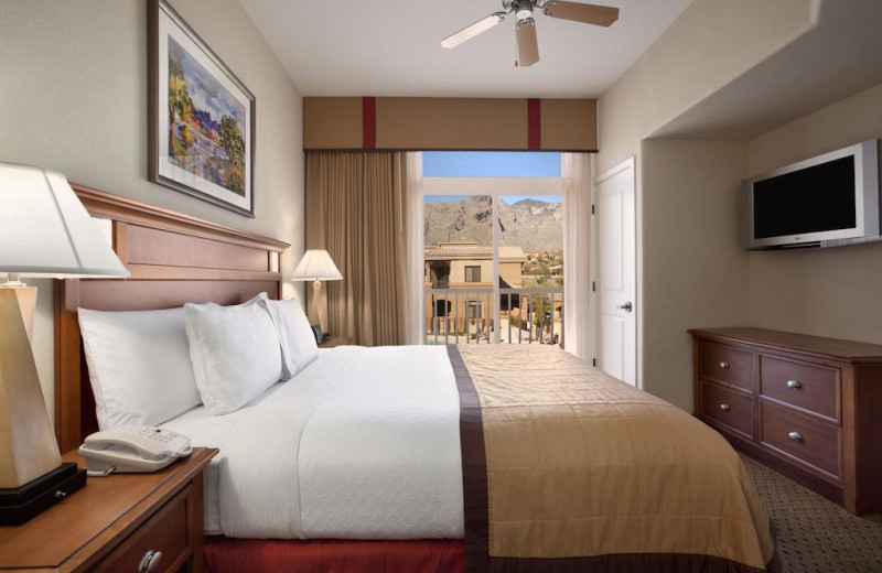 Guest room at Embassy Suites Tucson - Paloma Village.