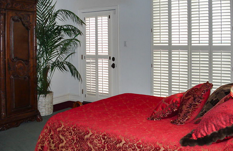 Rental bedroom at All Seasons Accommodations, Inc.