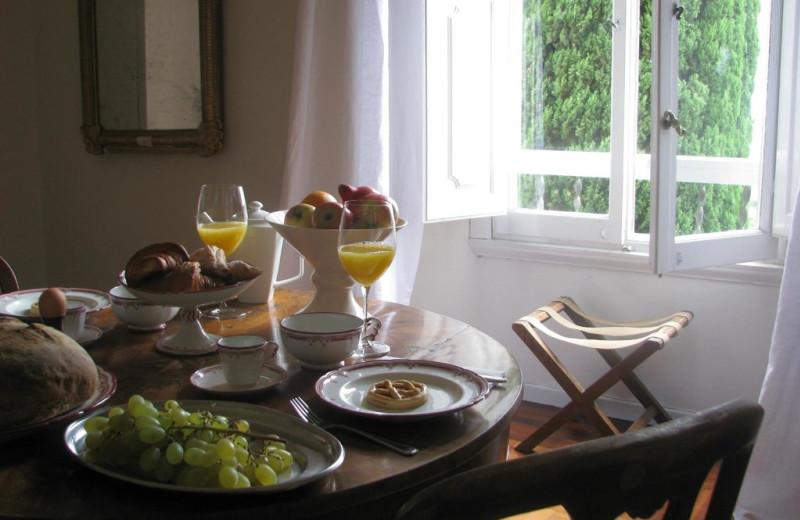 Dining at Villa Poggio Sanfelice.