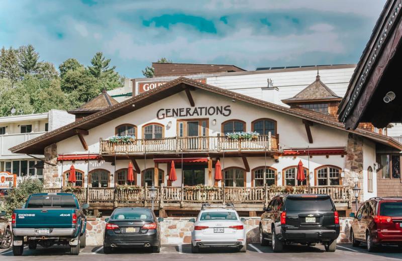Restaurant exterior at Golden Arrow Lakeside Resort.