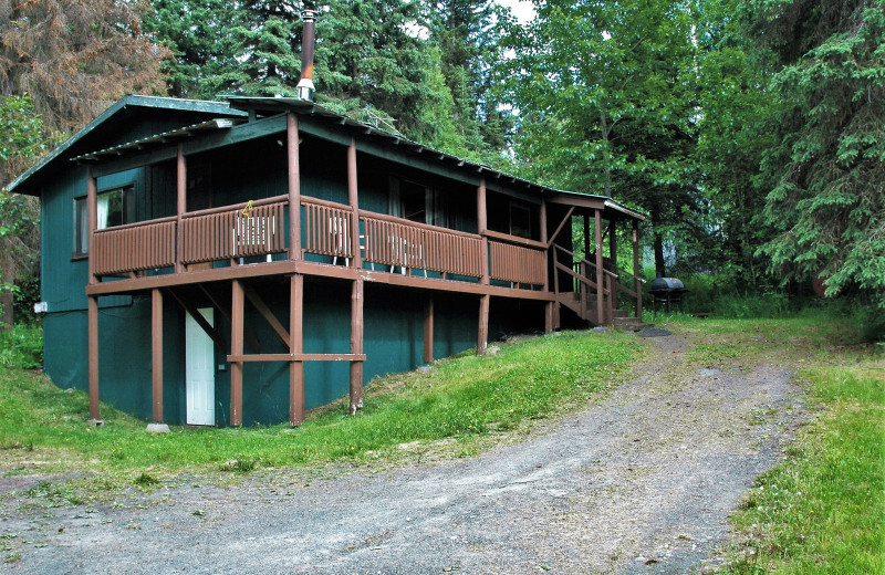 Exterior view of Gwin's Lodge