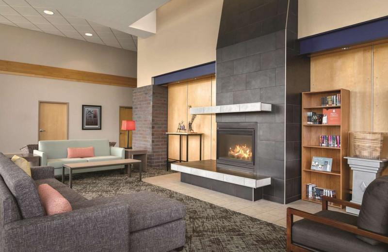 Lobby at Country Inn & Suites - Fergus Falls.