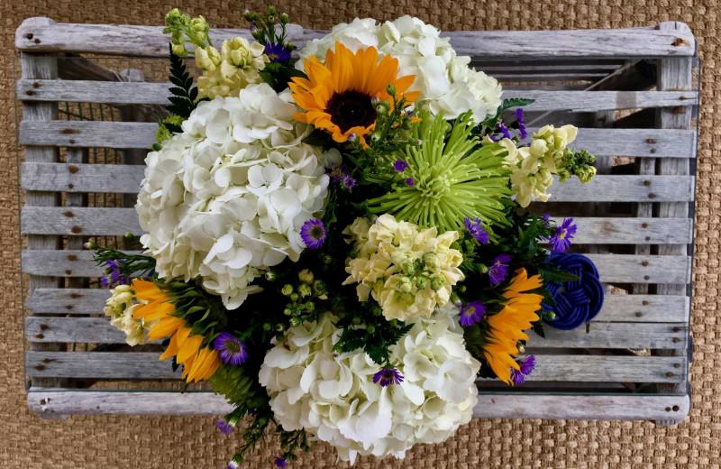 Wedding bouquet at Whaler's Inn.