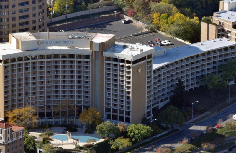 Exterior view of InterContinental Kansas City at the Plaza.
