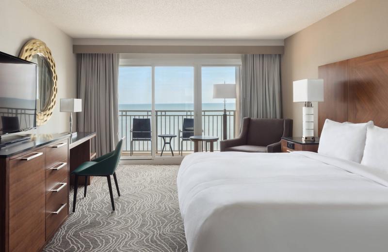 Guest room at Myrtle Beach Marriott Resort