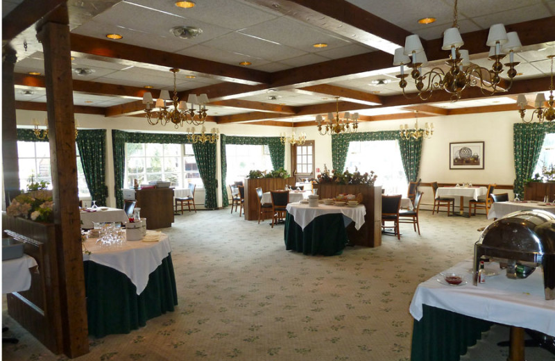 Dining area at Crescent Lodge.