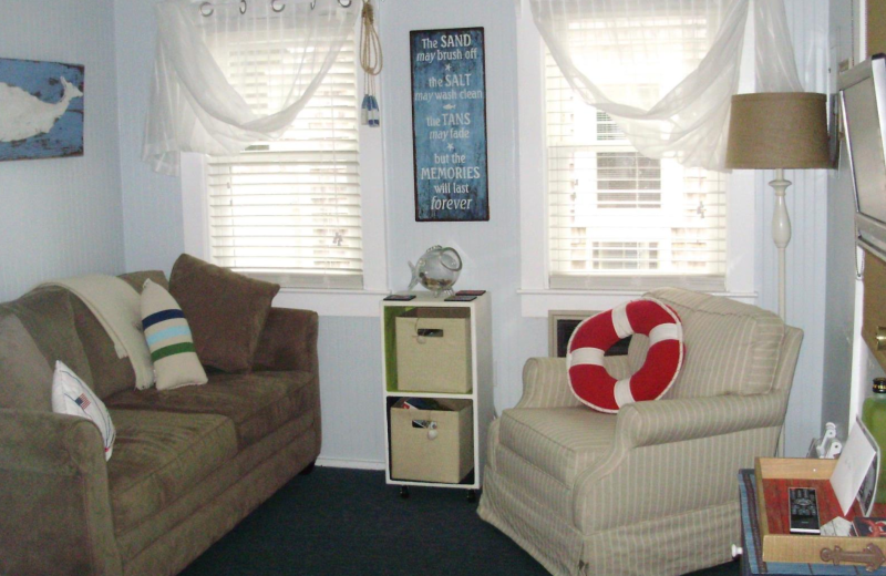 Rental living room at Saco Bay Rentals.