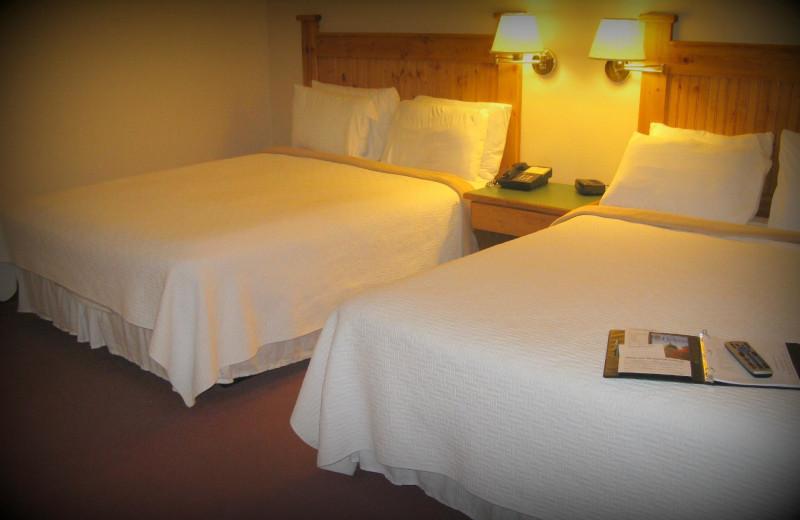 Guest room at Elkhorn Mountain Inn.