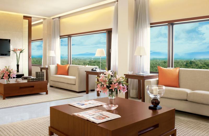 Guest room at The Oberoi New Delhi.