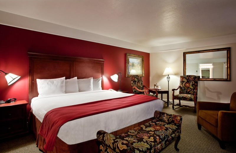 Guest room at The Yarrow Resort Hotel & Conference Center.