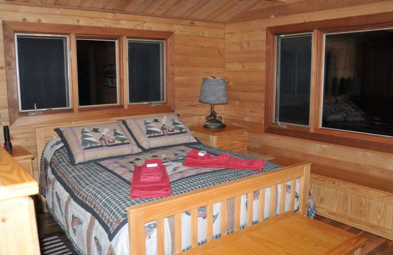Guest room at La Réserve Beauchêne.