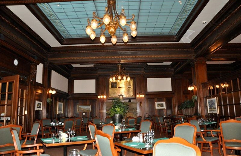 Dining room at The Union Club of British Columbia.