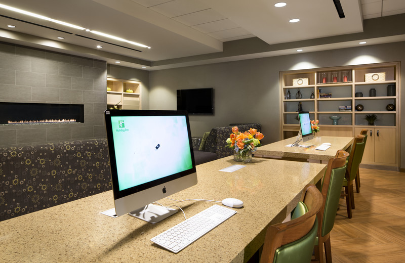 Business Center at Holiday Inn Columbia East-Jessup