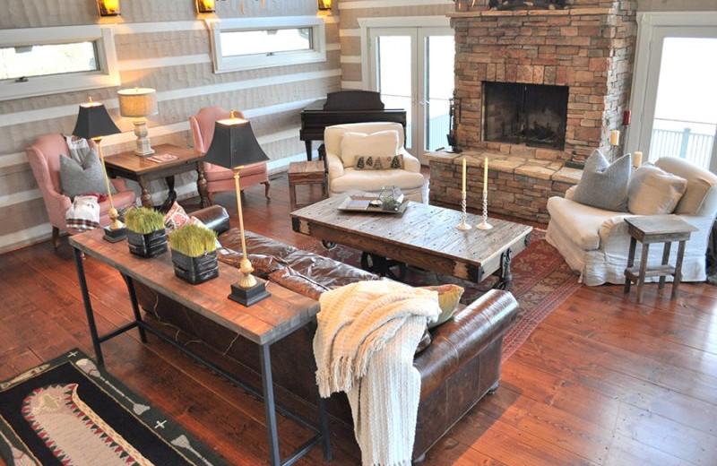 Rental living room at Mountain Vista Rentals.
