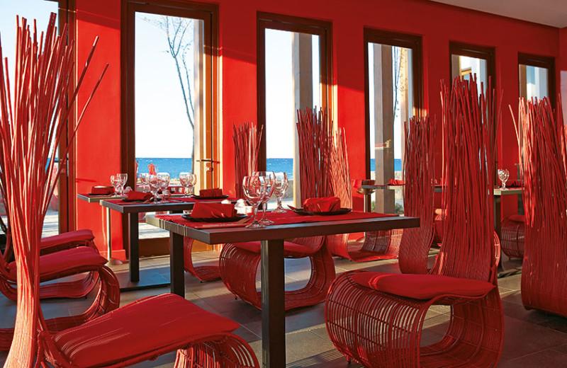 Dining at Grecotel Amirandes.