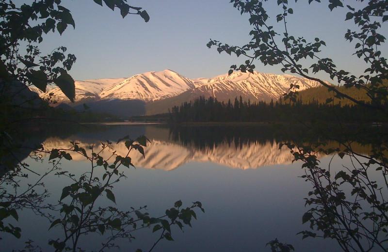 Mountain view at Alaska Heavenly Lodge.
