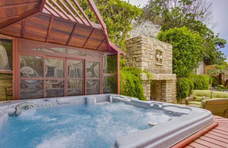 Rental hot tub at Cal Vacation Homes.