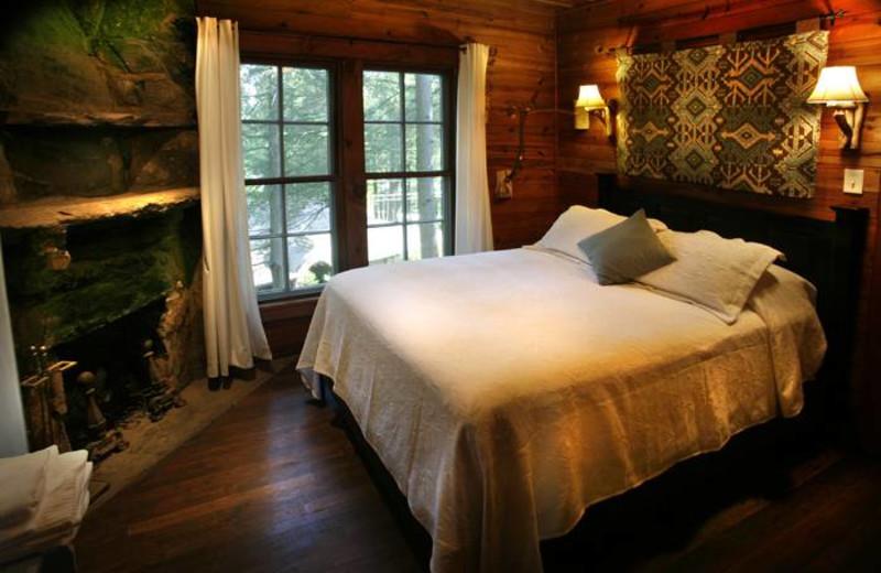 Guest room at Lake Rabun Hotel.