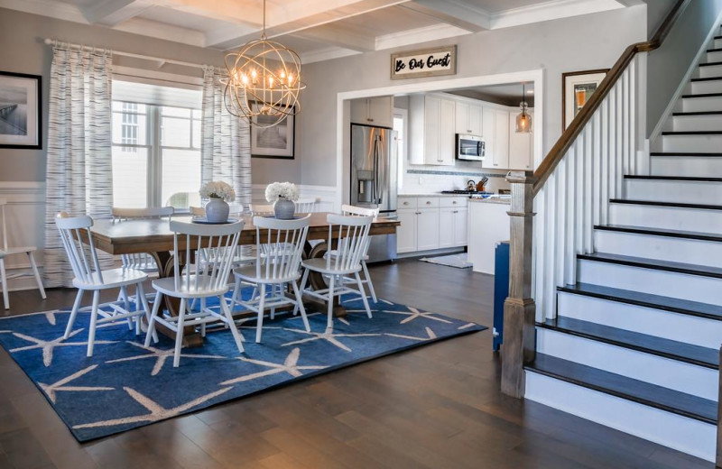 Rental dining room at Jersey Cape Realty.