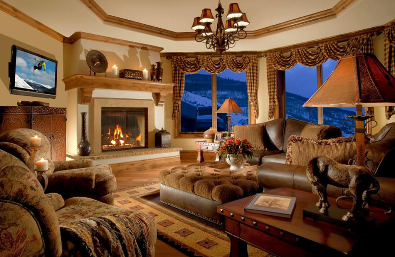 Guest living room at Arrabelle at Vail Square.