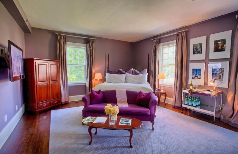 Suite Interior at Kemble Inn