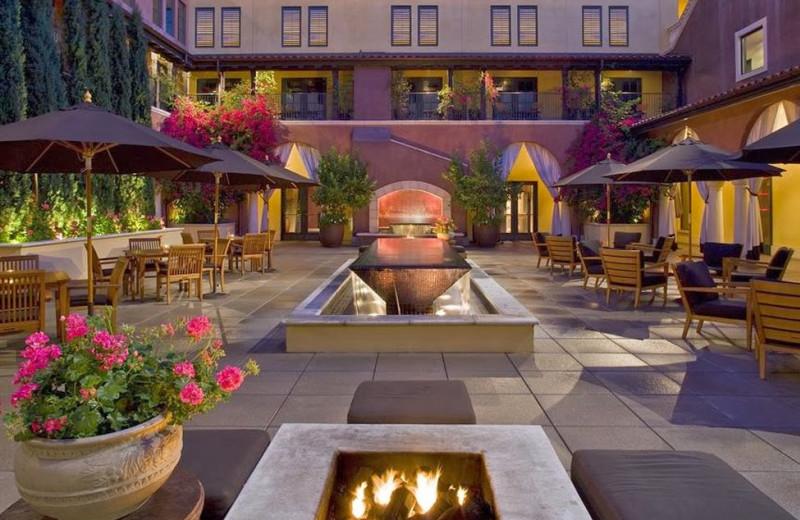 Outdoor patio at Hotel Valencia Santana Row.