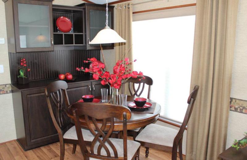 Cabin dining area at Shamrock Bay Resort.