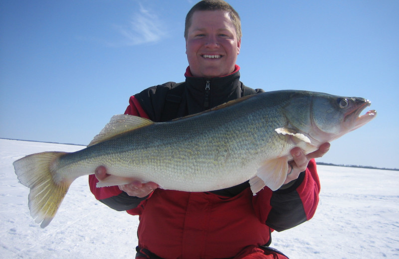 Ice fishing at Voyagaire Lodge and Houseboats.