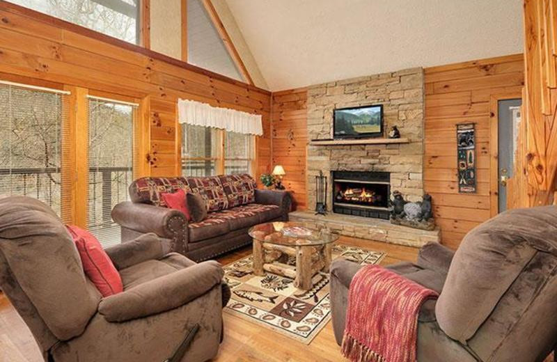 Rental living room at Country Pines Log Homes.