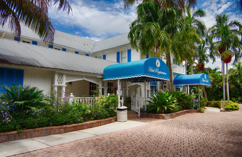 Exterior view of Olde Marco Inn & Suites.